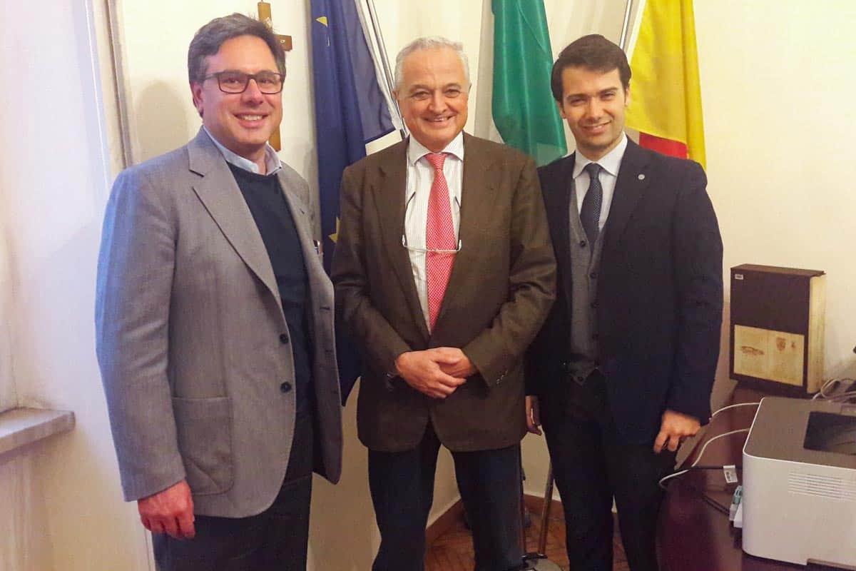 Da sx: Angelo Morlando, il prof. Edoardo Cosenza ed Ettore Nardi - Ordine degli Ingegneri di Napoli