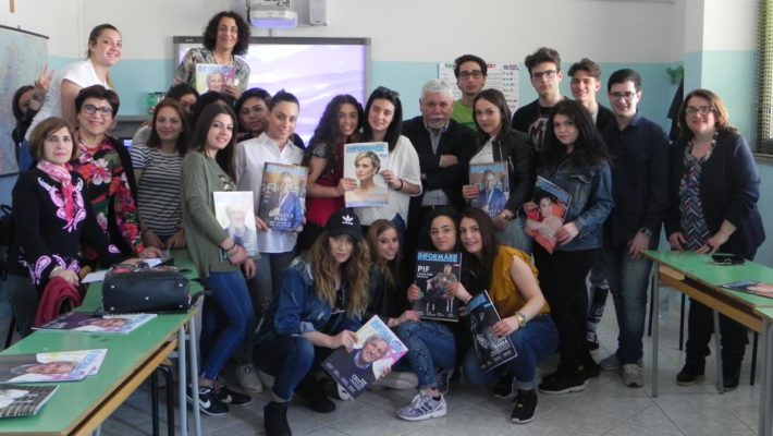 Cancello ed Arnone, Informare incontra gli studenti del liceo G. Galilei per parlare di giornalismo d'inchiesta