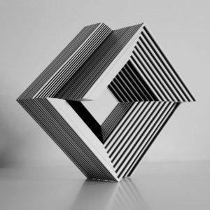 informareonline-luisa-russo-cube-ambiguity