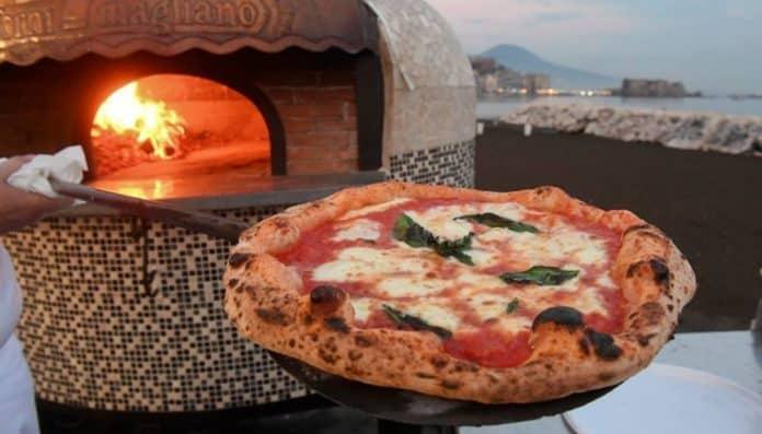 informareonline-napoli-pizza-village