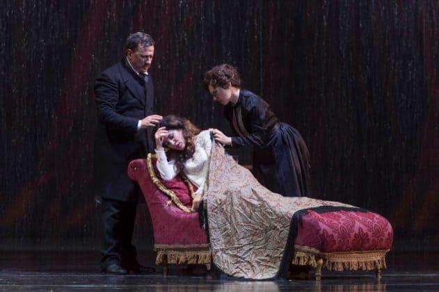 La-Traviata_ph-Francesco-Squeglia_5281