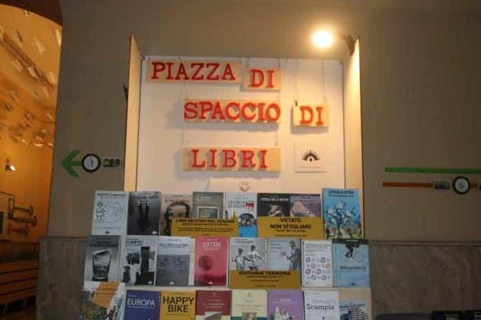 informareonline-i-quartieri-spagnoli-ricominciano-dai-libri-4
