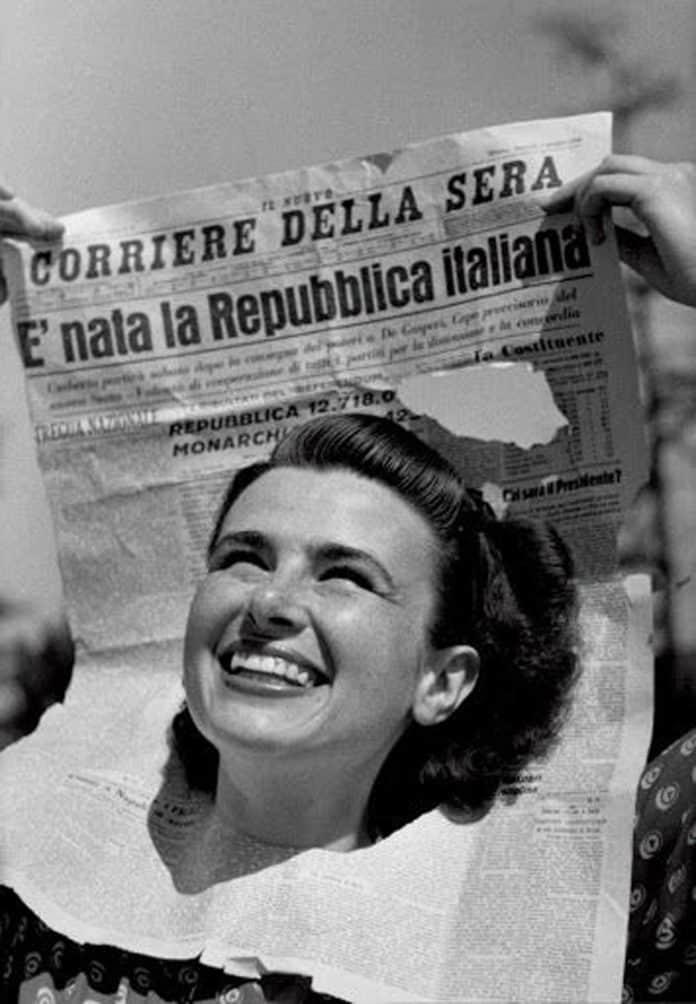 informareonline-monarchici-e-repubblicani-litalia-scissa-allalba-della-repubblica