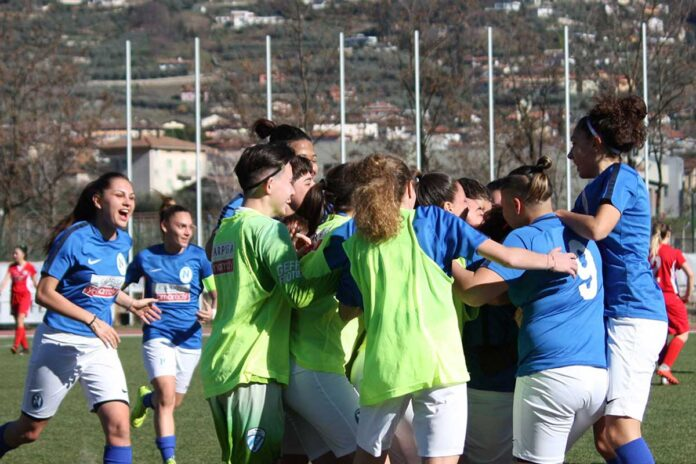 informareonline-napoli-calcio-femminile-ridotta