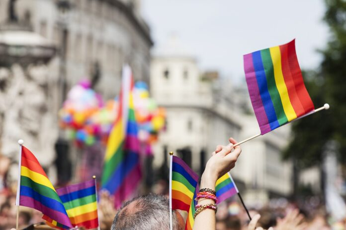 informareonline-aifa-terapia-ormonale-per-transgender-gratis-in-italia.jpg