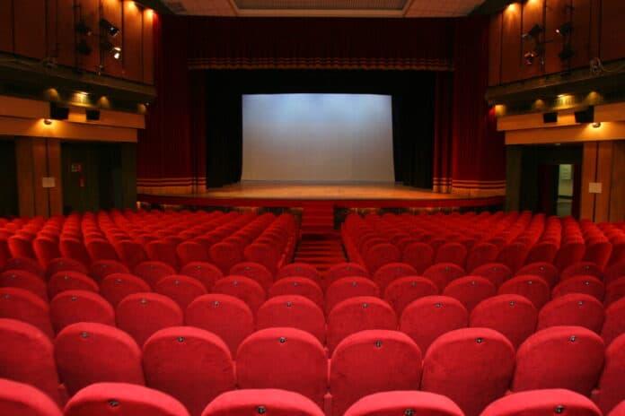 informareonline-Chiusura-dello-storico-teatro-Acacia-salviamolo