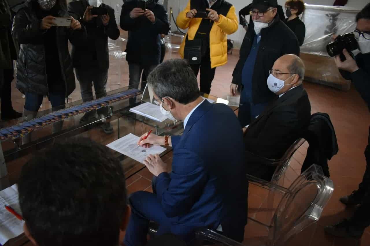 Costa firma la Carta di Carditello