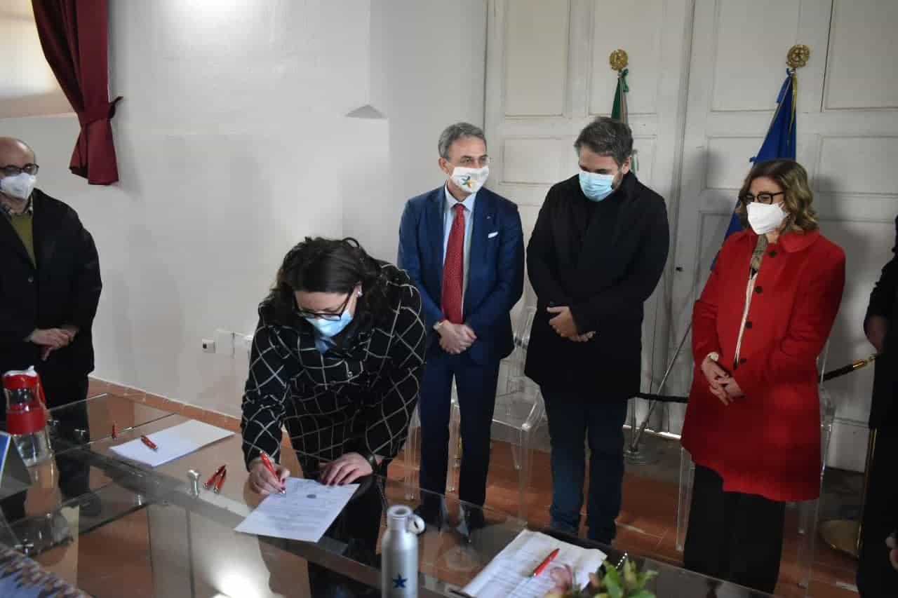 Moronese firma la Carta di Carditello