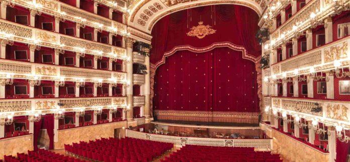 informare-salome-di-strauss-il-nostro-sostegno-al-teatro-piu-bello-del-mondo