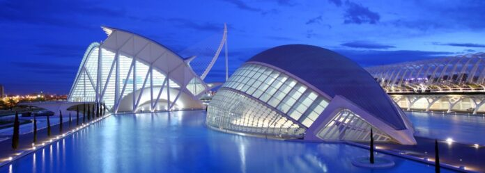 informareonline-visit-valencia-presenta-il-programma-piu-falleros-che-mai