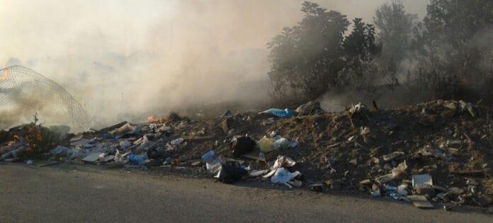 Informareonline-terra-dei-fuochi-abbandono-illecito-di-rifiuti-sei-sanzioni-ed-un-sequestro