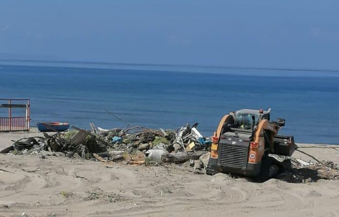 informareonline-bonifica-spiaggia-ischitella