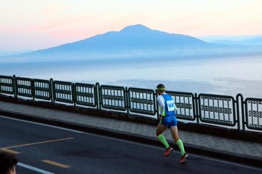 informareonline-napoli-running-apre-le-iscrizioni-di-sorrento-positano-e-napoli-city-half-marathon