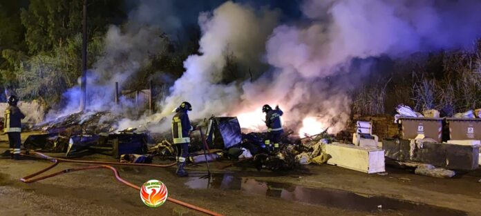 informareonline-fire-angels-fiamme-e-denunce-a-dx-volturno