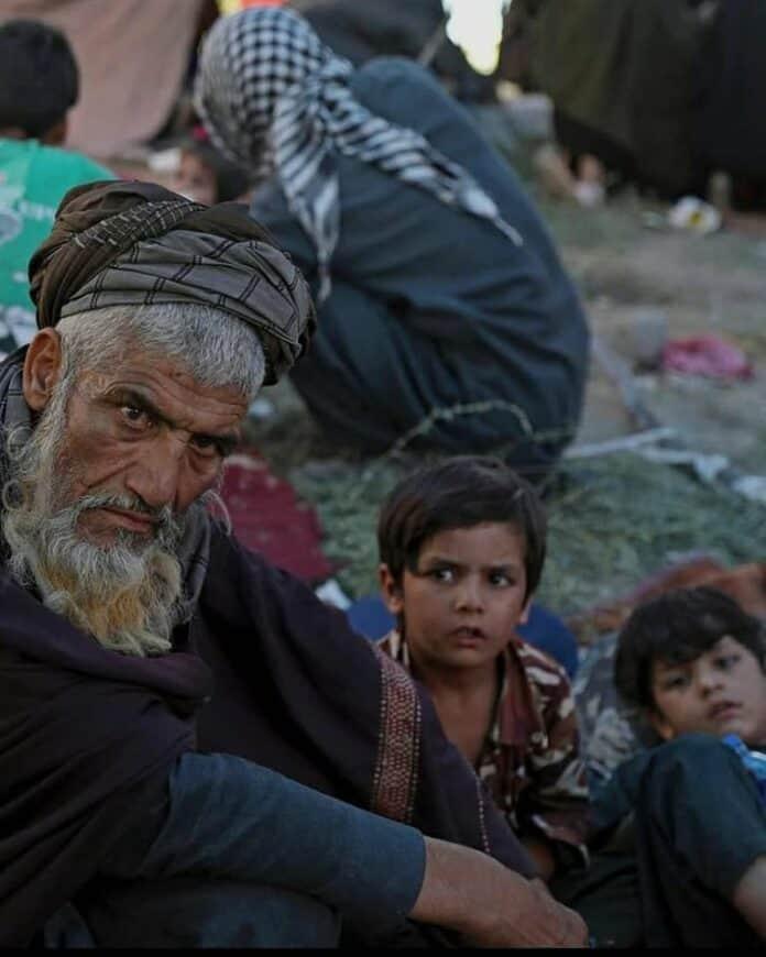 Informareonline-afghanistan-storia-di-un-popolo-con-mani-e-coscienza-legate