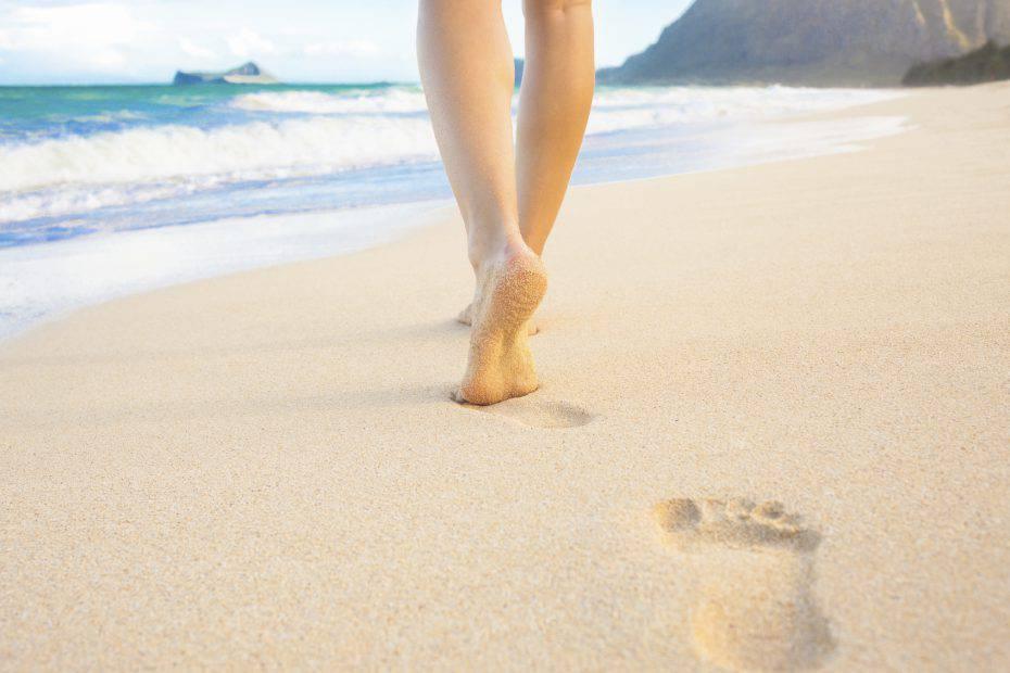 Informareonline-camminare-sulla-sabbia