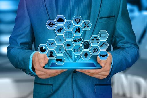 Informareonline-le-nuove-professioni-digitali-saranno-il-futuro-del-mondo-del-lavoro
