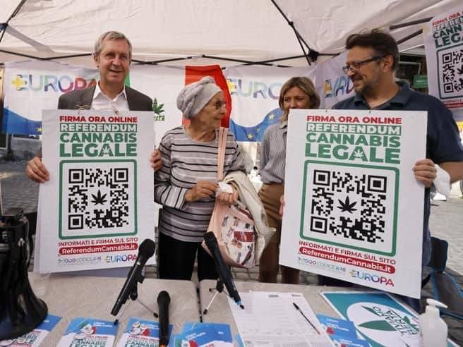 informareonline-cannabis-legale-e-partecipazione-politica-e-davvero-la-rivoluzione-digitale-della-democrazia